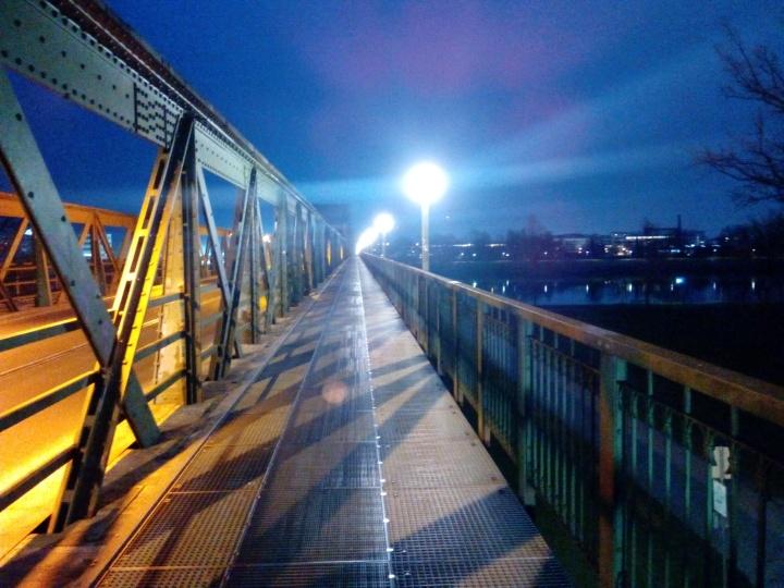 Eisenbahnbrücke Linz – Warum ich dieser Brücke meine Liebeerkläre…