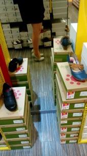 Bildcredits: DorisWorld - a poar High-Heells braucht jede Frau oder? ;-)