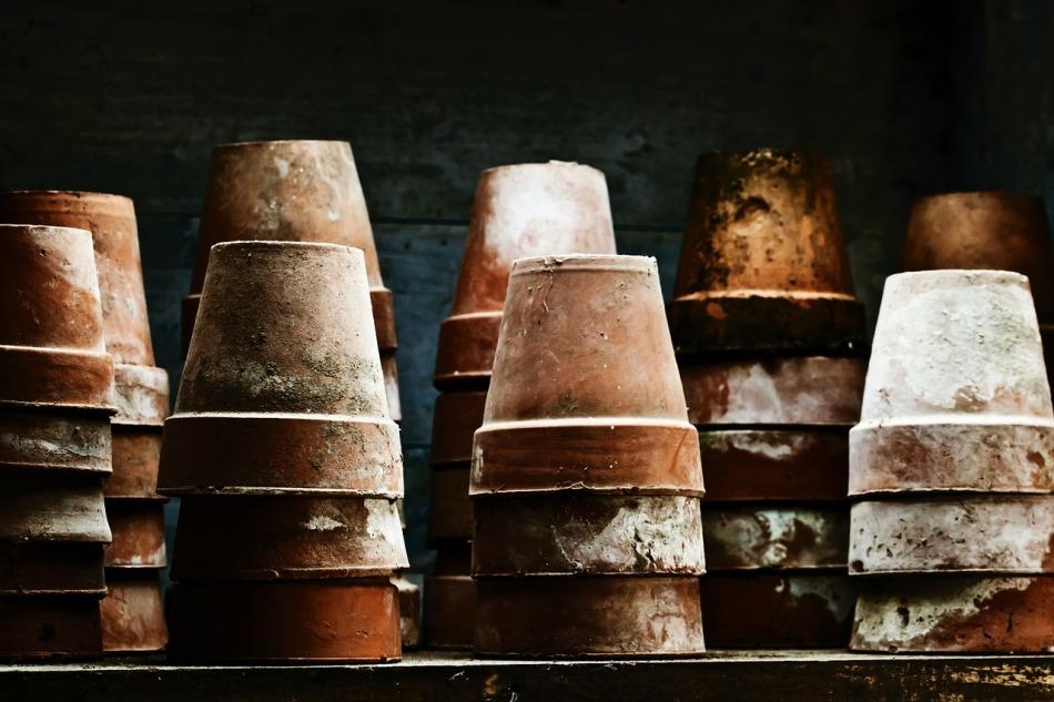 pots-84454_1280