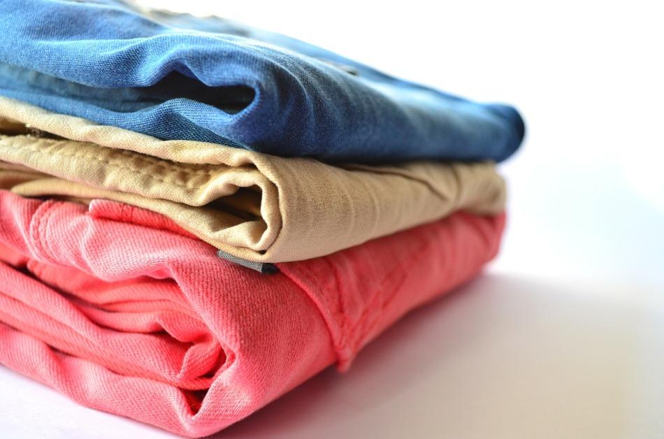 clothes-166848_1920