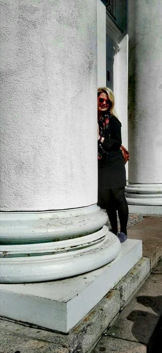 Bildcredits: Dorisworld: Ich beim Helsinki Dom _ 2016