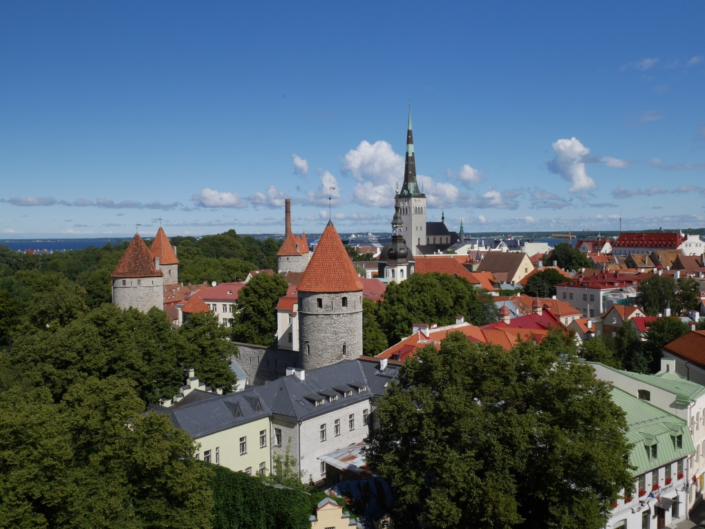 Bildcredits: Dorisworld.at   Blick von der BurgTallin, Estland