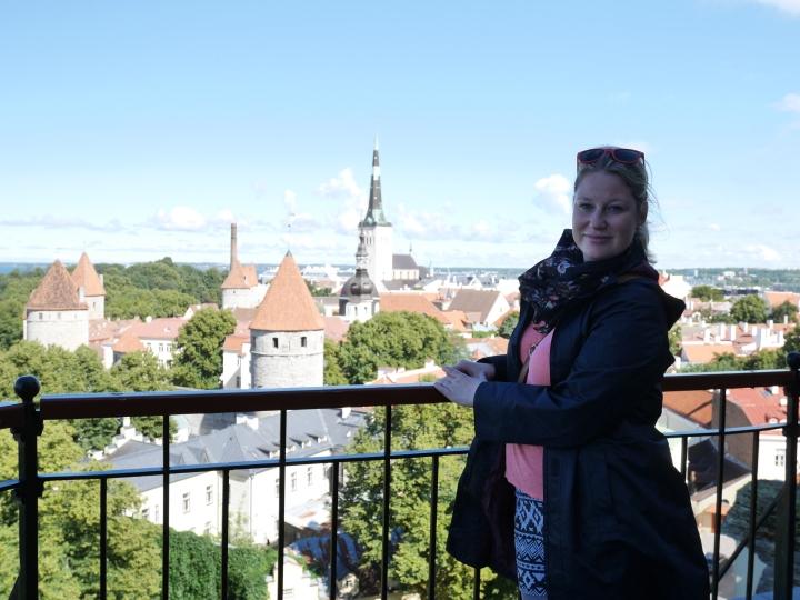 Bildcredits: Dorisworld.at   Blick von der Burg und ich in Tallinn, Estland