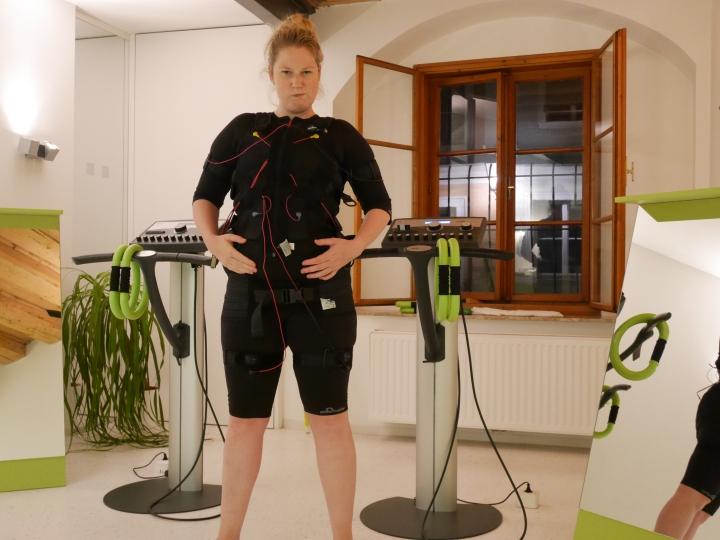 Ich bin mal Strom, meine neuen Muskeln aus der Steckdose: Körperfett gratis zum Abgeben, werwill?