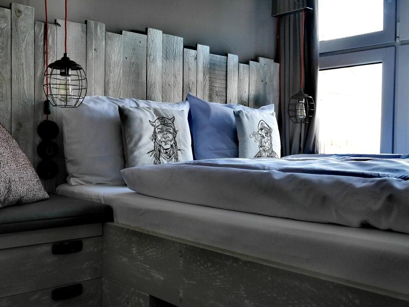 Bildcredits: Dorisworld.at | Bretterbude Die kleine Butze Bett