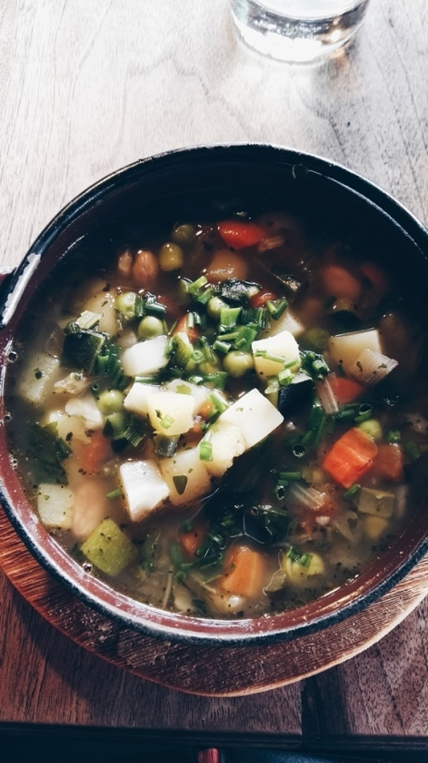 Bildcredits: Dorisworld.at | Gemüsesuppe auf der Hütte