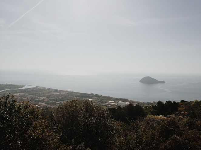 Bildcredits: Dorisworld.at   Aussicht Monte Bignone mit Schildkröteninsel
